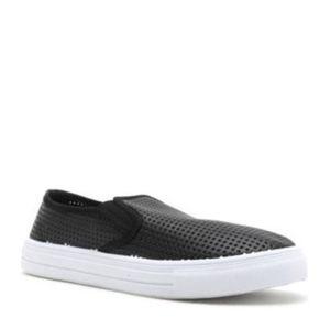Qupid Reba Perforated Slip-On Sneaker 7